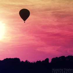 Up and away by AljoschaThielen