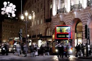 London Hold by CenkDuzyol