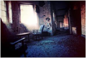 Inside the asylum by Demonoftheheavens