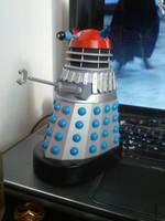 Custom red top dalek - Doctor Who by Hordriss