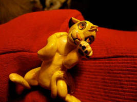 Simba sculpture by Yellowbellyhill