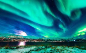 Nordreisa Moonlight by torivarn