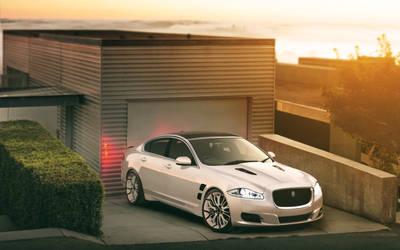 Promiz Jaguar XJF by GoodieDesign