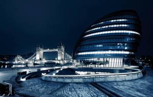 city night light by CaveCanem42