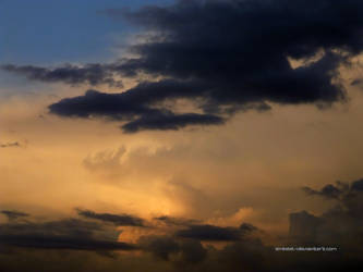 A Daydreaming Sunset by eMBeeL