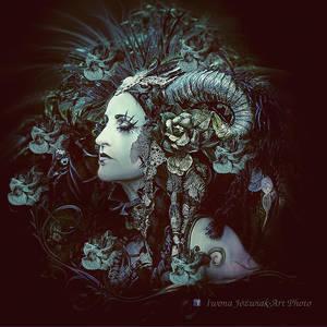 fantasy female... by mirandaarts