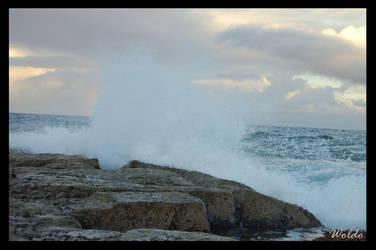 Breaking Wave by w-o-l-d-o