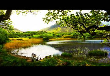 Maladrolaun Lake by xByDefault