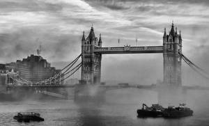 A foggy day in London town by thegreatmisto