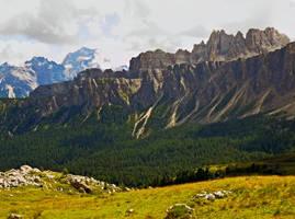 Mountain Range by Sergiba