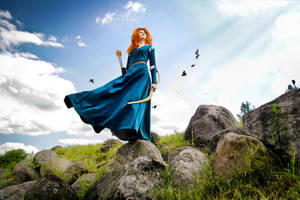 [Brave] - Merida cosplay by Alexial-kun