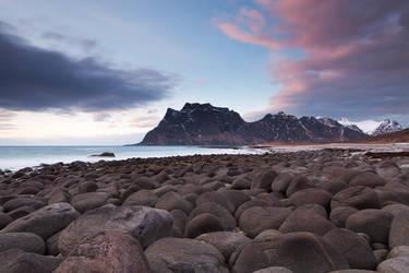 Uttakleiv Boulders by EvaMcDermott