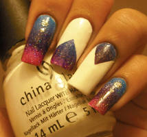 Blue, purple and pink gradient nails by aleidapinon