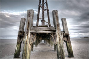 Abandoned Pier by chrispye77