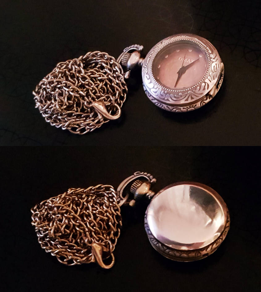 Clock Pendant by Valdemaras