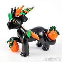 Festive Pumpkin Dragon by HowManyDragons