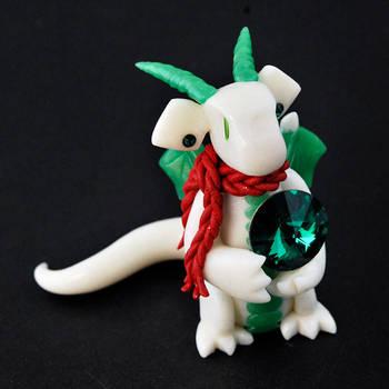 Snowy Scarf Dragon by HowManyDragons