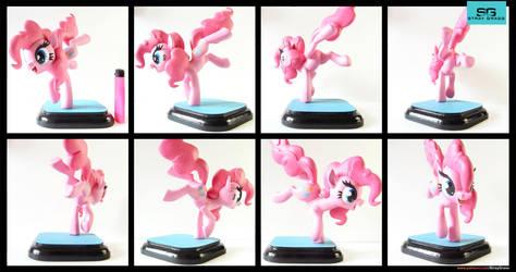 Suddenly Pinkie Pie! by StrayC70