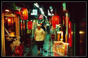 Back alley in Shinjuku by jasebase