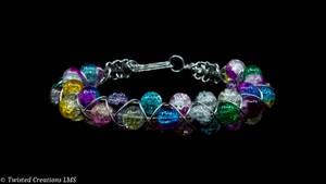 Wire Wrapped Cracked Glass Bracelet by TwistedCreationsLMS