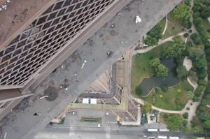 Eifel tower looking down by MrSultan531