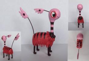 Brimbee sculpture by Lunawolf44