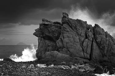 BW rock. by MariaCangemi