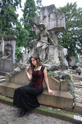 Waiting on your grave by Lilletta