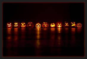 Da pumpkin peeps by filya1