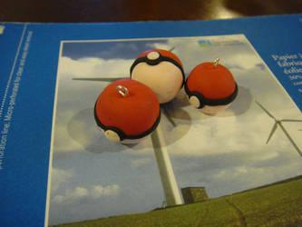 Pokeballs by Hanyuu58