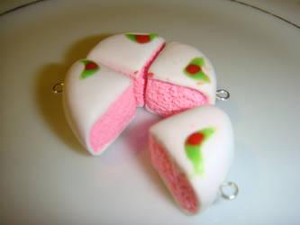 Strawberry Cake by Hanyuu58