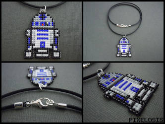 Handmade Seed Bead R2D2 Necklace by Pixelosis