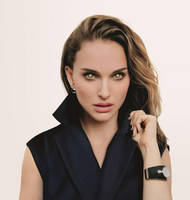Natalie Portman Mindless and Mesmerized by hypnospects