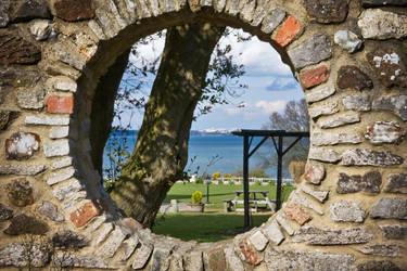 And through the round window.. by jammyjambo