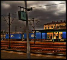 Railway station by nicolettka