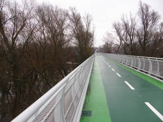 Liberty Bridge by Gwathiell