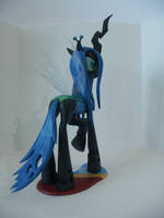 Queen Chrysalis pose 3 by Groovebird