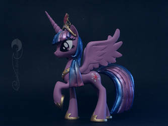 Princess Twilight Sparkle by Groovebird
