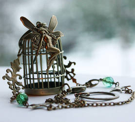 'Fairy catcher' necklace by Pinkabsinthe