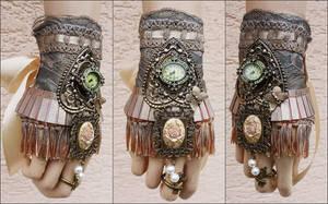 Gypsy bracelet by Pinkabsinthe