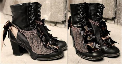 Steampunk spats by Pinkabsinthe