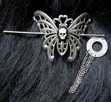 Gothic moth skull hair pin III by Pinkabsinthe