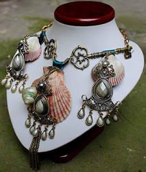 Boho gypsy necklace by Pinkabsinthe