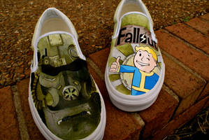 Fallout 3 Shoes by Hellasure