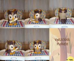 Twilight's pet Owlicious plushie by SunflowerTiger