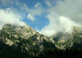 Hidden Peaks by stefanpriscu