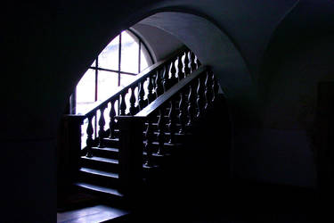 stairs to the darkness by blindbird