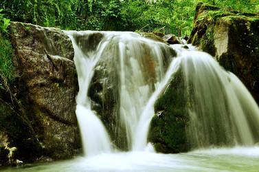 waterfall by gacek