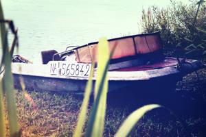 Old boat #3 by Bijou44