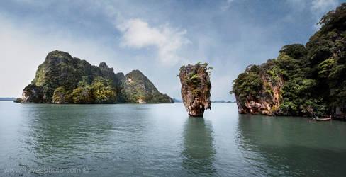 Phang Nga Bay by foureyes